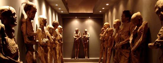 Las Momias de Guanajuato con cuidado profesional en los Estados Unidos, mejor que en su Museo