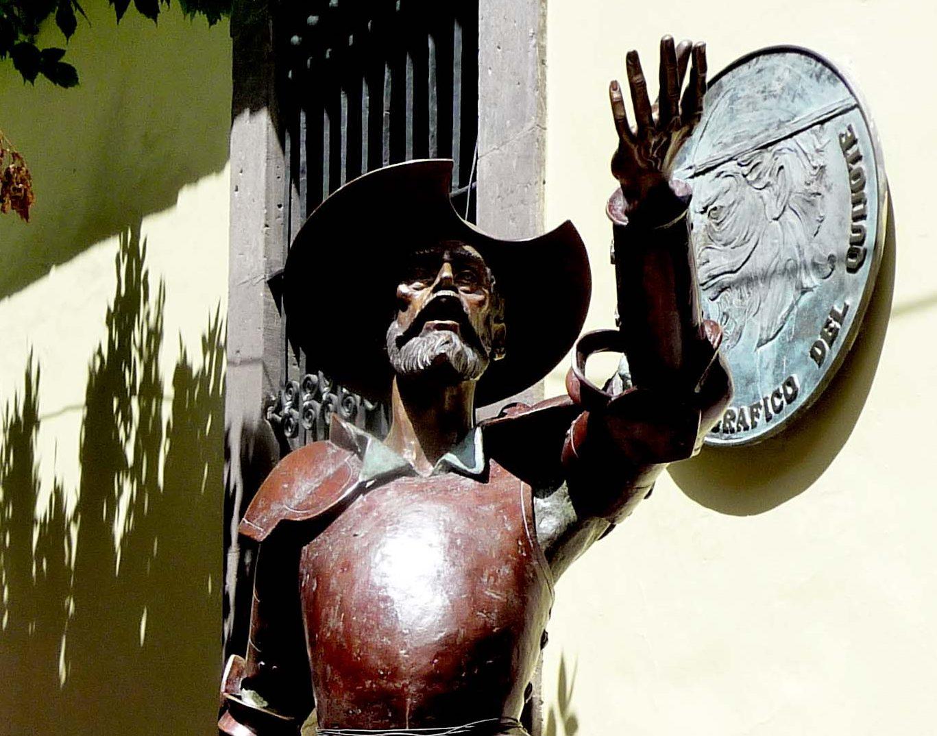 Cuatro Quijotes se han instalado hasta hoy en la ciudad por parte del MIQ