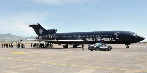37 internos de los Centros de Readaptación Social de Guanajuato son trasladados a las Islas Marías