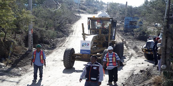 Rehabilitan caminos para Rally 2014